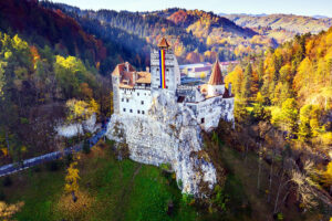 vacanta de vara jules verne 2021 castelul din carpati